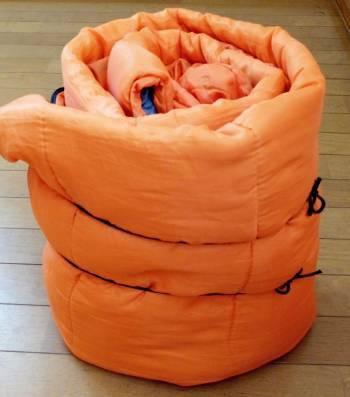 通常の寝袋の収納方法