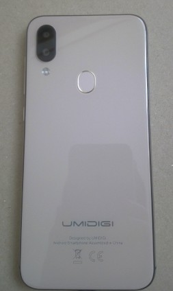 UMIDIGI A3 PRO(ゴールド)の背面